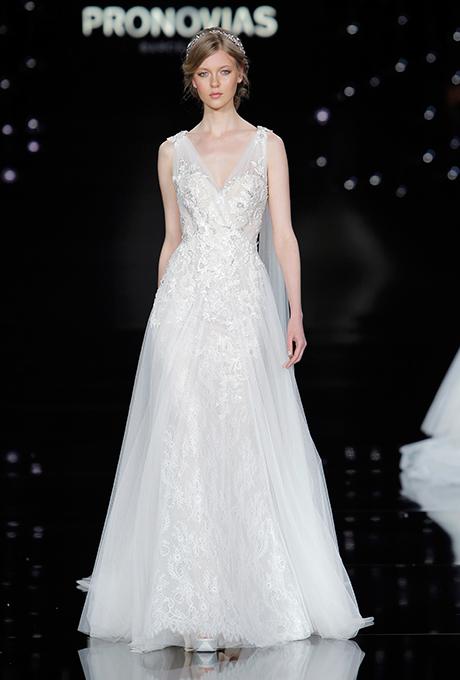 pronovias-spring-2017-wedding-dresses-21