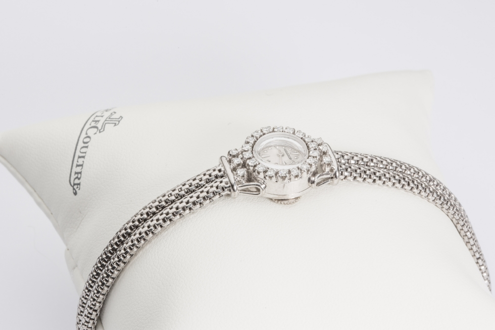 resized_jaeger-lecoultre-vintage-jewellery-white-gold-watch