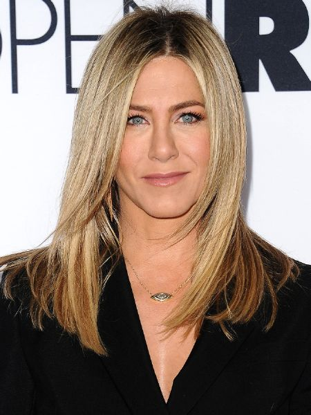 resized_jennfer-aniston