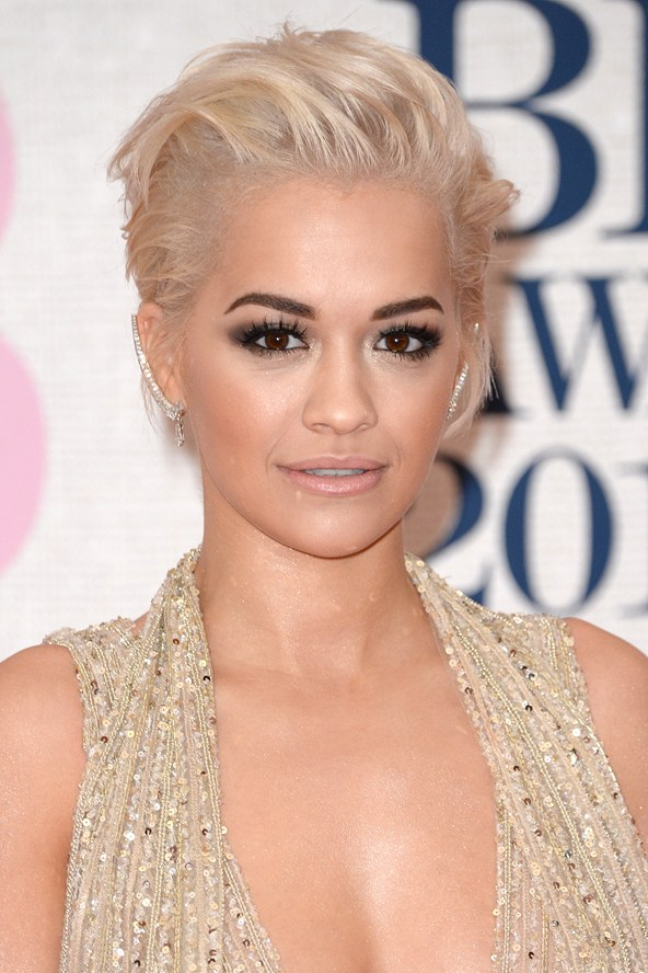 rita-ora_voice-judge-rita-ora-turns-heads-at-the-brits-with-lorraine-schwartz-diamonds