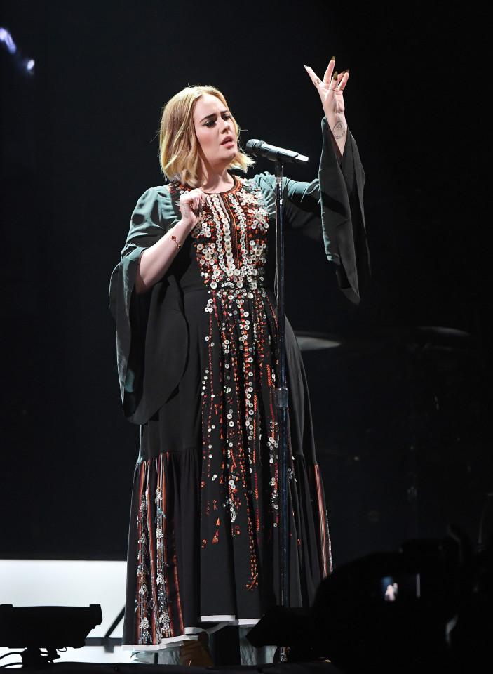 FAMEFLYNET - Adele Seen Performing At Glastonbury Festival 2016 In Somerset