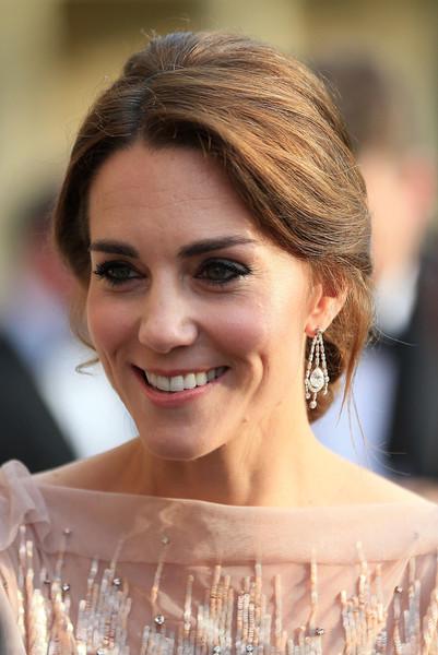 chandelier-diamond-earrings-kate-middleton