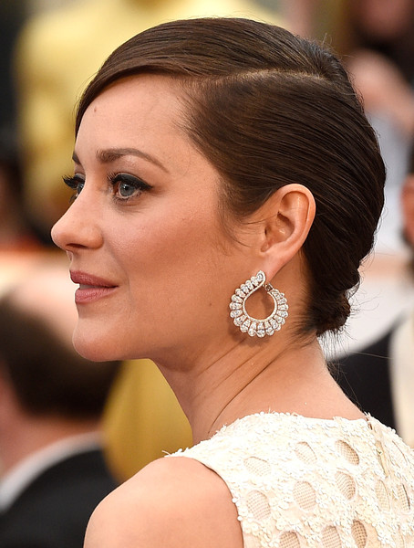 chopard-hoop-earrings-marion-cotillard