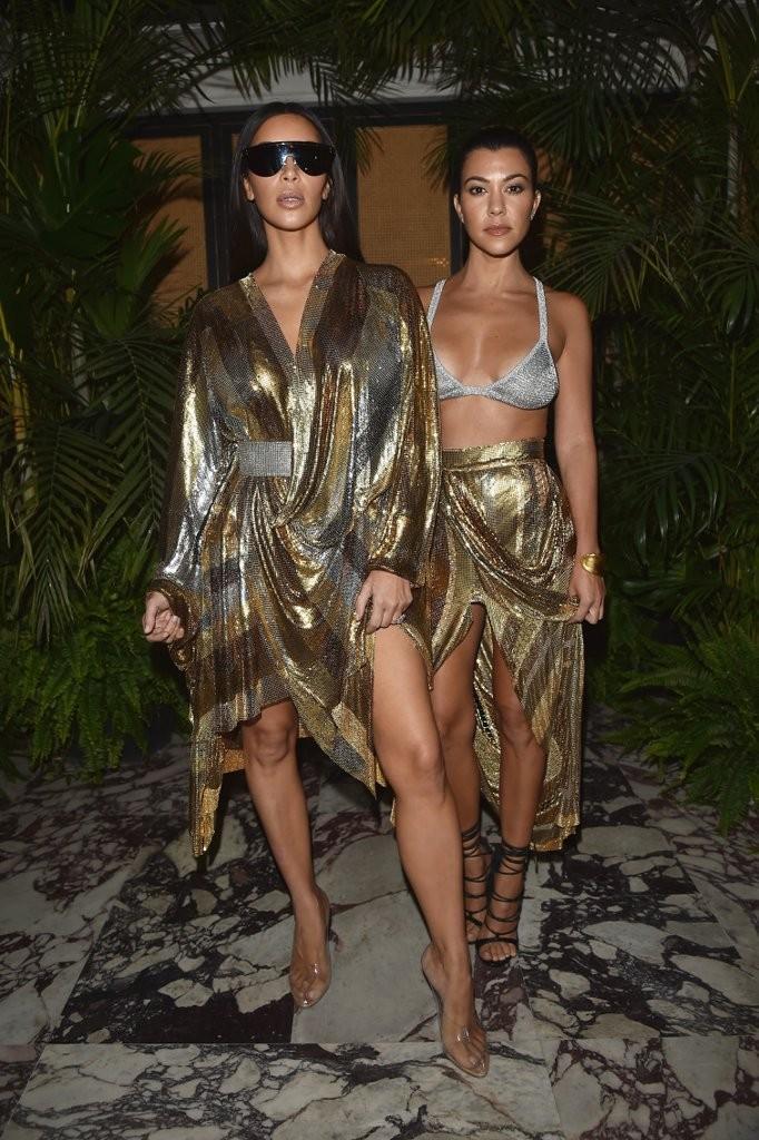 kim-kourtney-kardashian-wearing-balmain