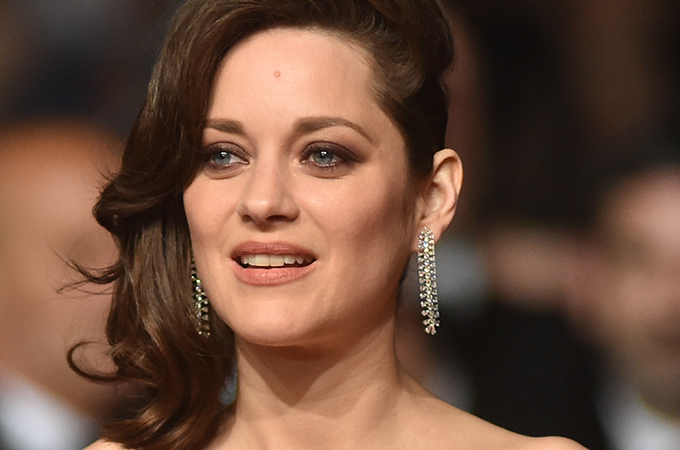 marion-cotillard-chopard-earrings