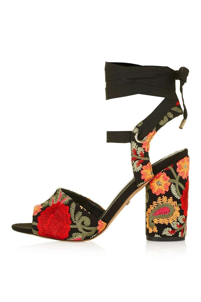 topshop-royal-embroidered-sandals-85