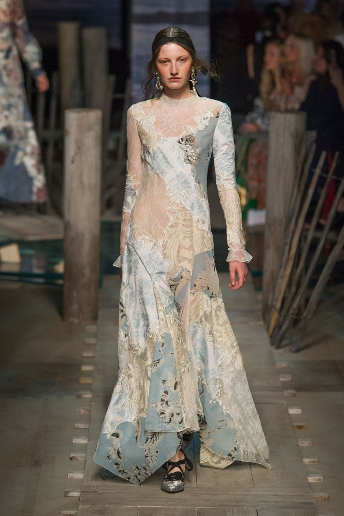 we-think-lace-patchwork-design-like-one-elegant-bold