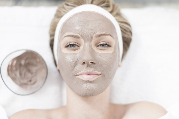 woman-with-face-mask-beauty