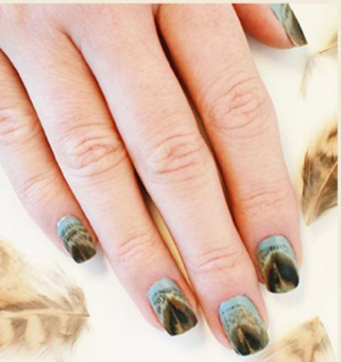 gallery-1441314598-2-fall-feather-manicure-tutorial