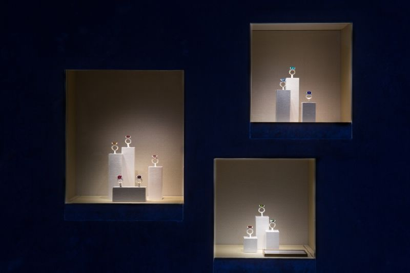 resized_resized_chaumet-bridal-boutique-at-place-vendome-13