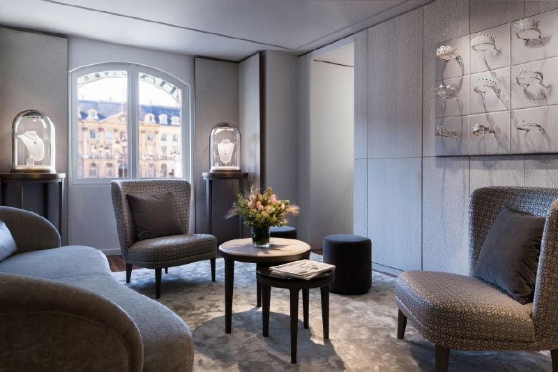 resized_resized_chaumet-bridal-boutique-at-place-vendome-24