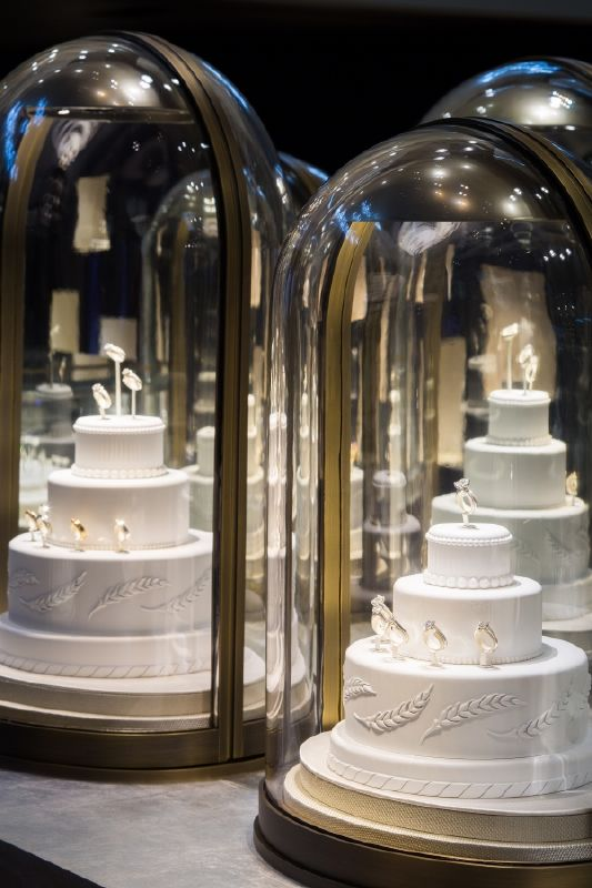 resized_resized_chaumet-bridal-boutique-at-place-vendome-5
