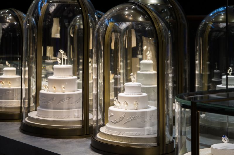 resized_resized_chaumet-bridal-boutique-at-place-vendome-6