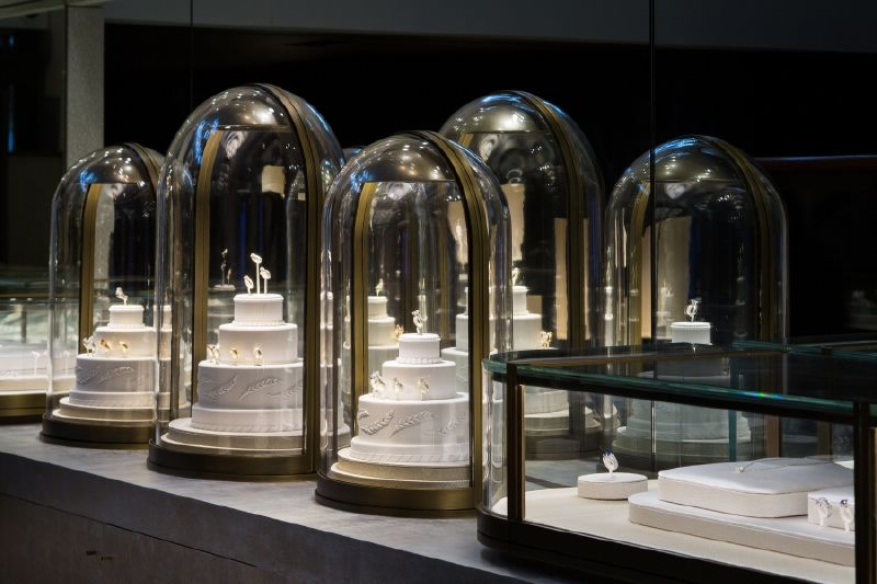 resized_resized_chaumet-bridal-boutique-at-place-vendome-7