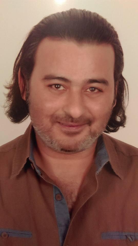 إلقاء القبض على أحمد عزمي بتهمة حيازة حبوب ترامادول