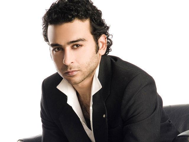 اعتقال أحمد عزمي بسبب المخدرات