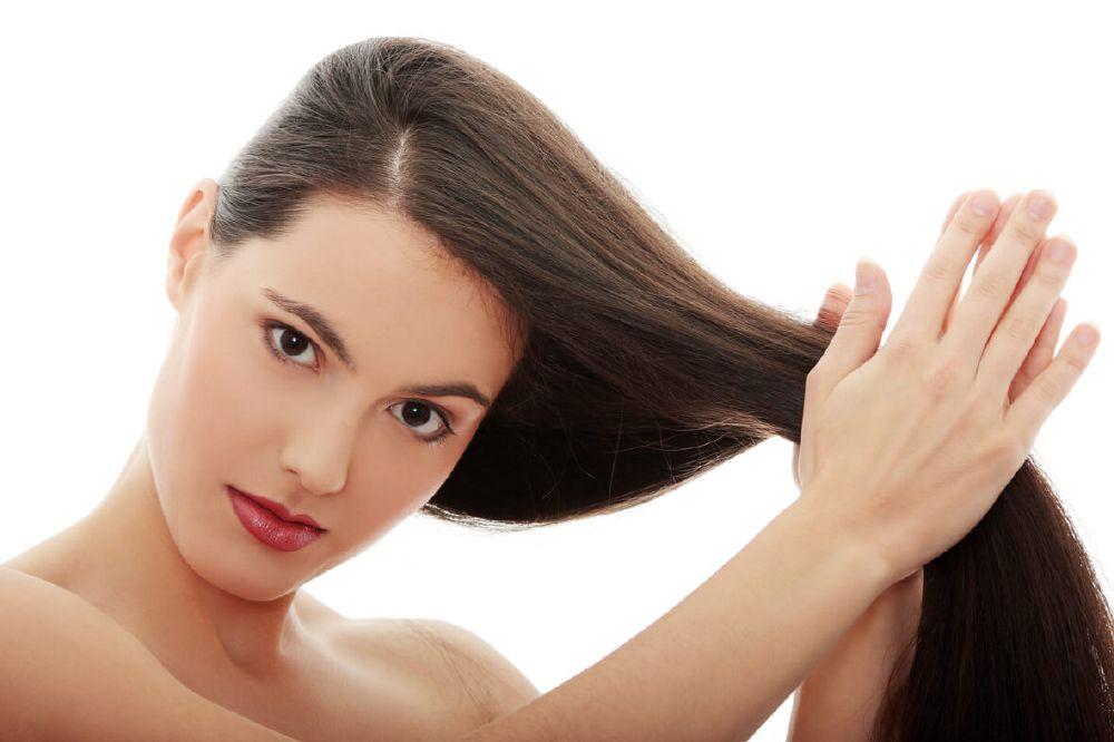زيت الأفوكادو يعمل على زيادة معدل نمو الشعر وزيادة كثافة الشعر