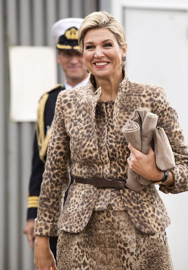 الملكة ماكسيما صاحبة خيارات جريئة في الموضة