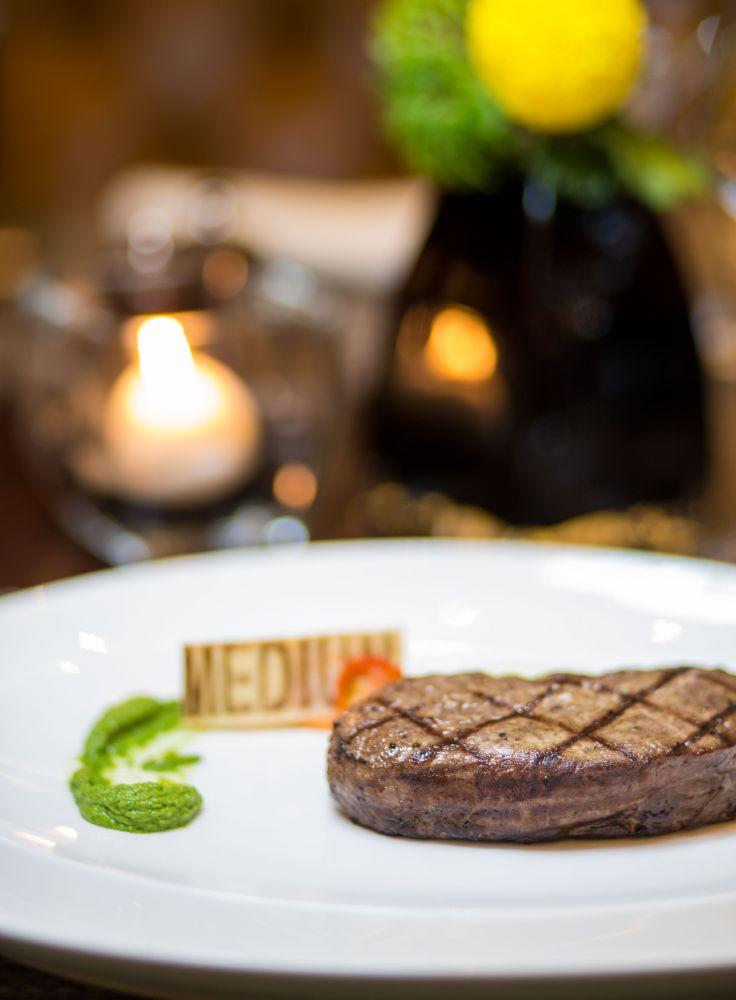 قائمة طعام جديدة بمطعم ذا ريب روم في فندق جميرا
