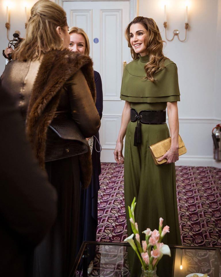 الملكة رانيا تتسلم أول جائزة إنسانية على الإطلاق