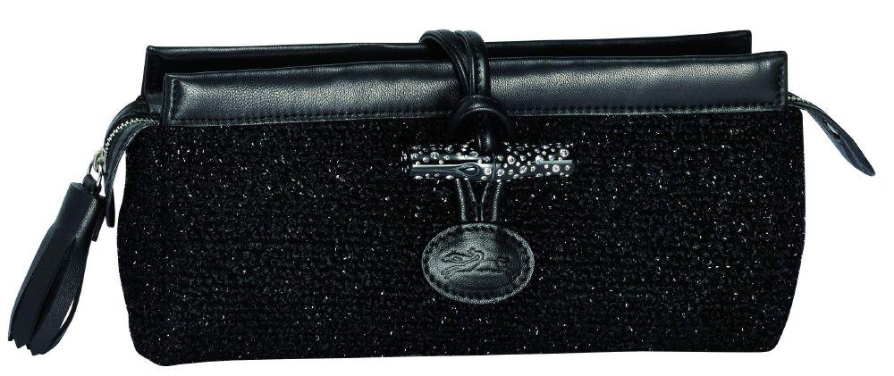 حقيبة يد صغيرة على شكل مستطيل