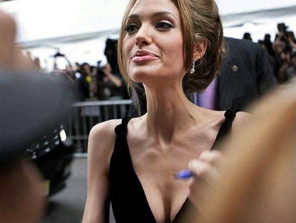أنجلينا جولي نحيفة للغاية