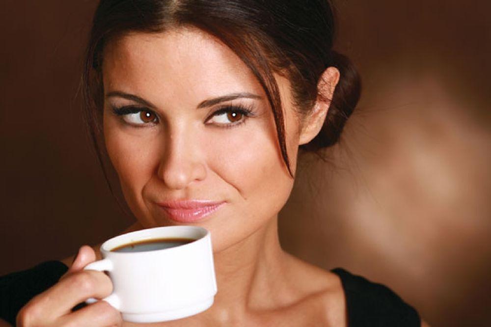 الإفراط من شرب القهوة تعيق امتصاص الكالسيوم