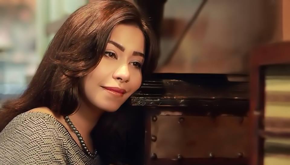 شيرين تسخر من عمرو دياب وإليسا