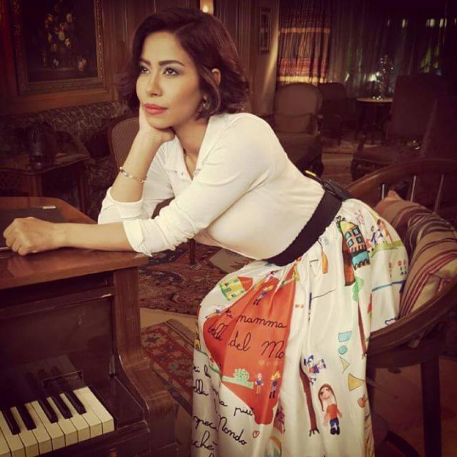 شيرين عبد الوهاب تحاول تحسين صورتها بعد أزمة عمرو دياب