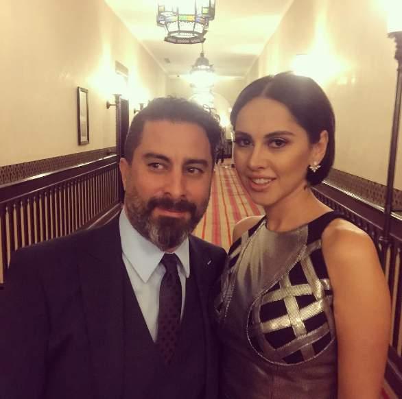 ياسمين رئيس مع زوجها في حفل زفاف عمرو وكندة
