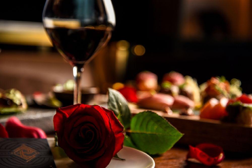 الرومانسية مع مطعم ولاونج