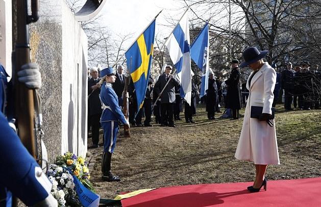 الأميرة فيكتوريا تحي ذكرى فيلق المتطوعين السويديين
