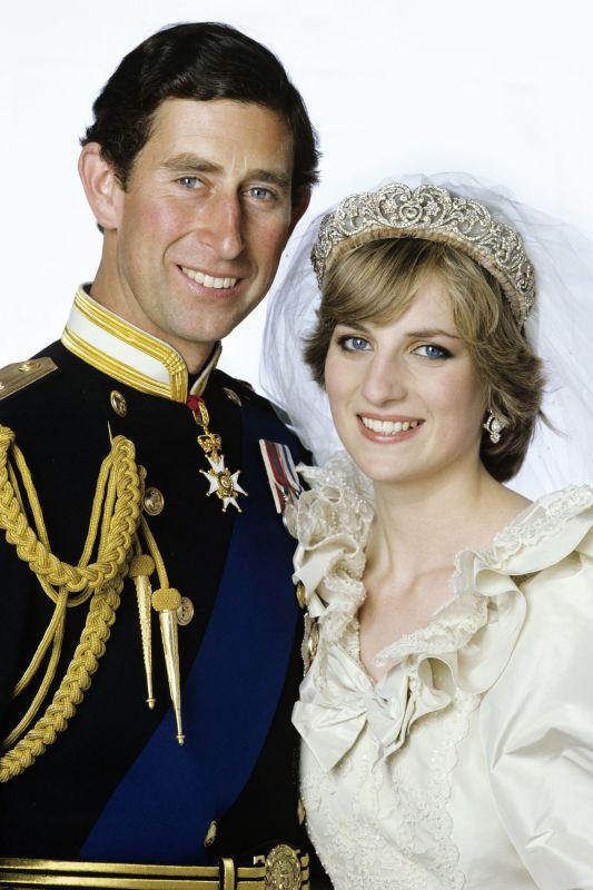 الأمير فيليب تدخل في زواج الأمير تشارلز و ديانا