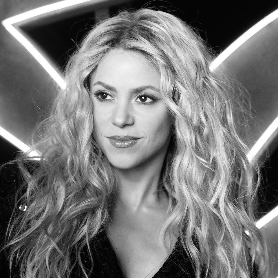 النجمة الكولومبية من أصل لبناني شاكيرا