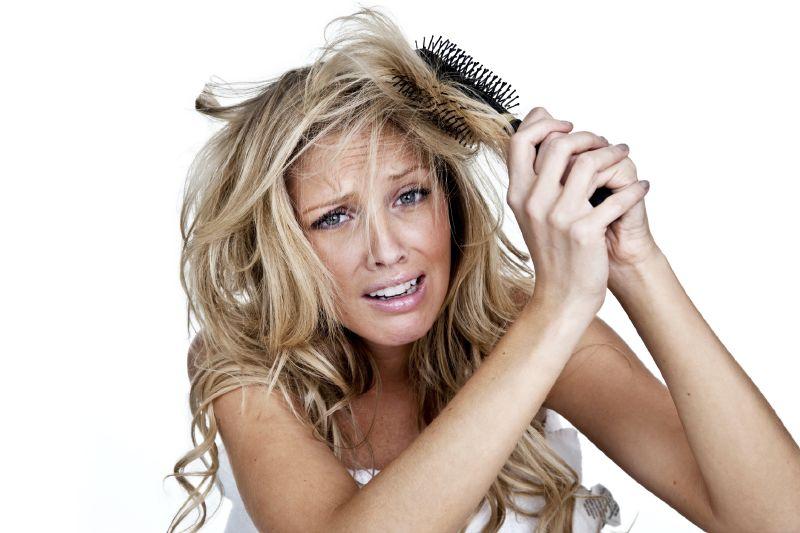 تخلصي من مشاكل الشعر بوصفات طبيعية