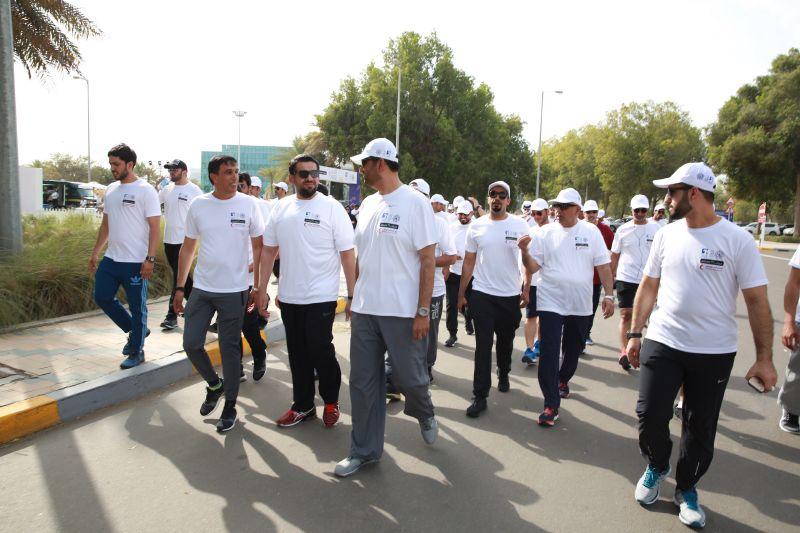 حسين الجسمي يقود مسيرة للخير نمشي