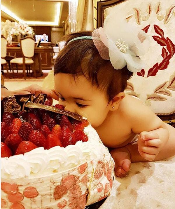 نوال الزغبي تحتفل بعيد ميلاد شقيقها