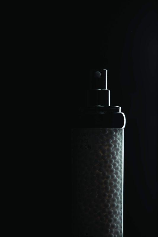 مستحضر White Caviar Illuminating Pearl Infusion