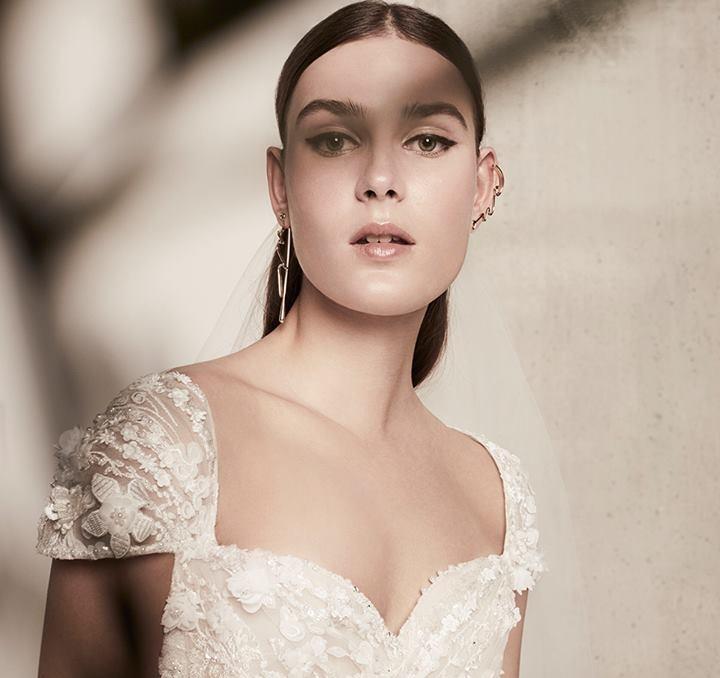 إيلي صعب لفساتين الأعراس ربيع مزهر