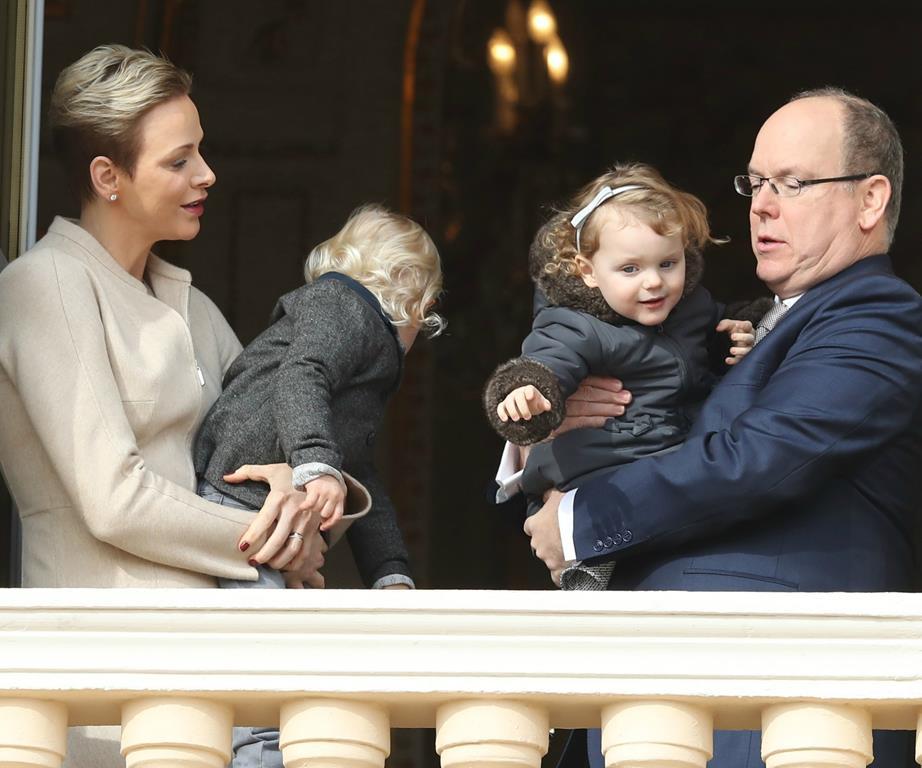 الأمير ألبرت يتحدث عن احتفال الأسرة بعيد الفصح
