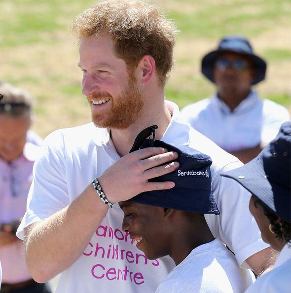 الأمير هاري و ميجان ماركل ستوجهان إلى أفريقيا