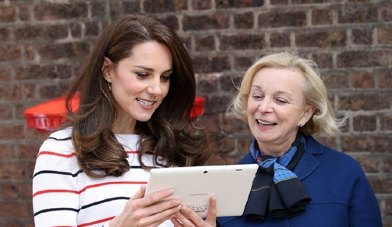 كيت ميدلتون تشيد بشجاعة الأمير هاري