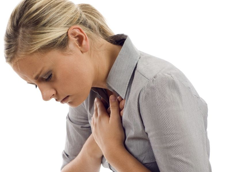 مشاكل التنفس دون سبب واضح تكون علامة على النوبة القلبية