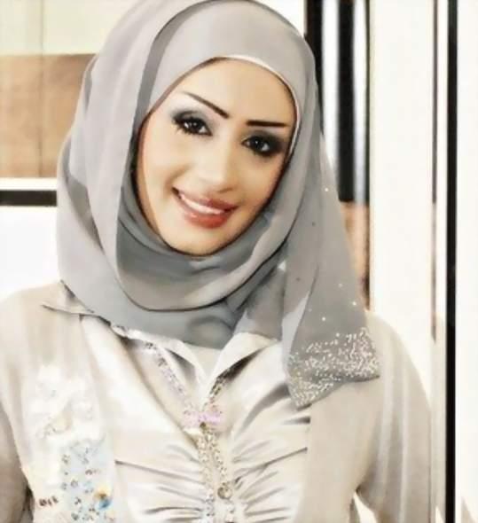 هنادي الكندري مرتدية الحجاب