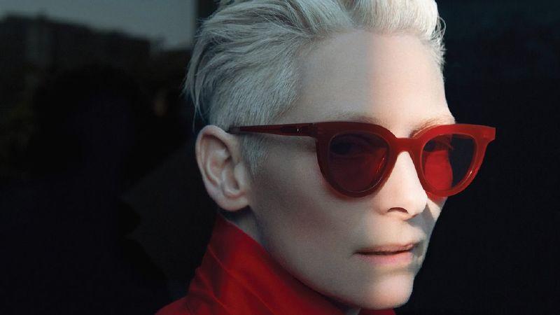 942bdb4dd قد تظنين أن عارضات الأزياء الشهيرات من أمثال جيجي حديد وبيلا حديد ، لا  يرتدون سوى النظارات الشمسية المصممة والتي تصممها ماركات شهيرة مثل Chanel أو  Gucci ...