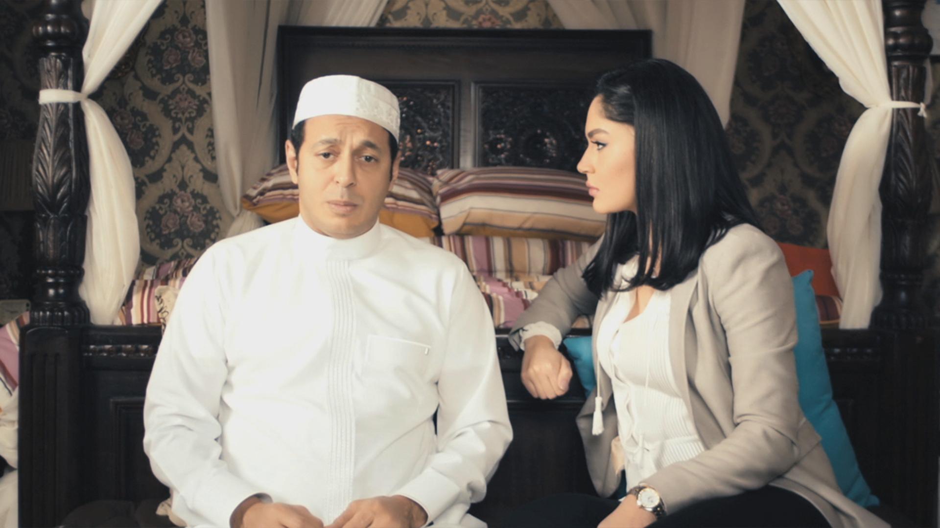 مصطفى شعبان معتكف في المسجد في الحلقة 18 من مسلسل اللهم إني صائم