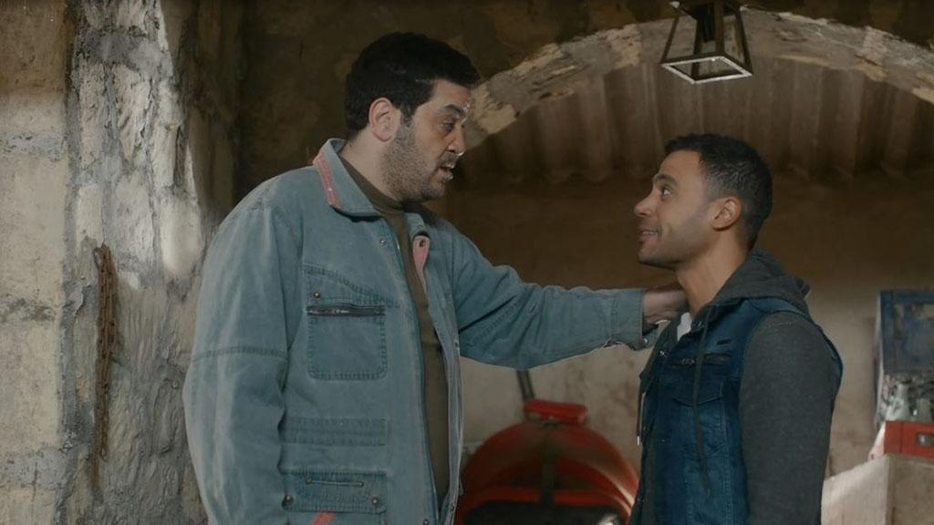 محمد إمام يخطط للهروب في الحلقة 14 من مسلسل لمعي القط