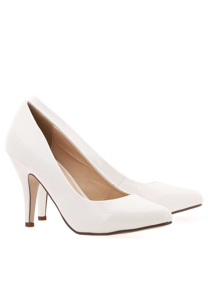 6c84af7b09438 احدث احذية كلاسيكية نسائية موضة الصيف - مشاهير