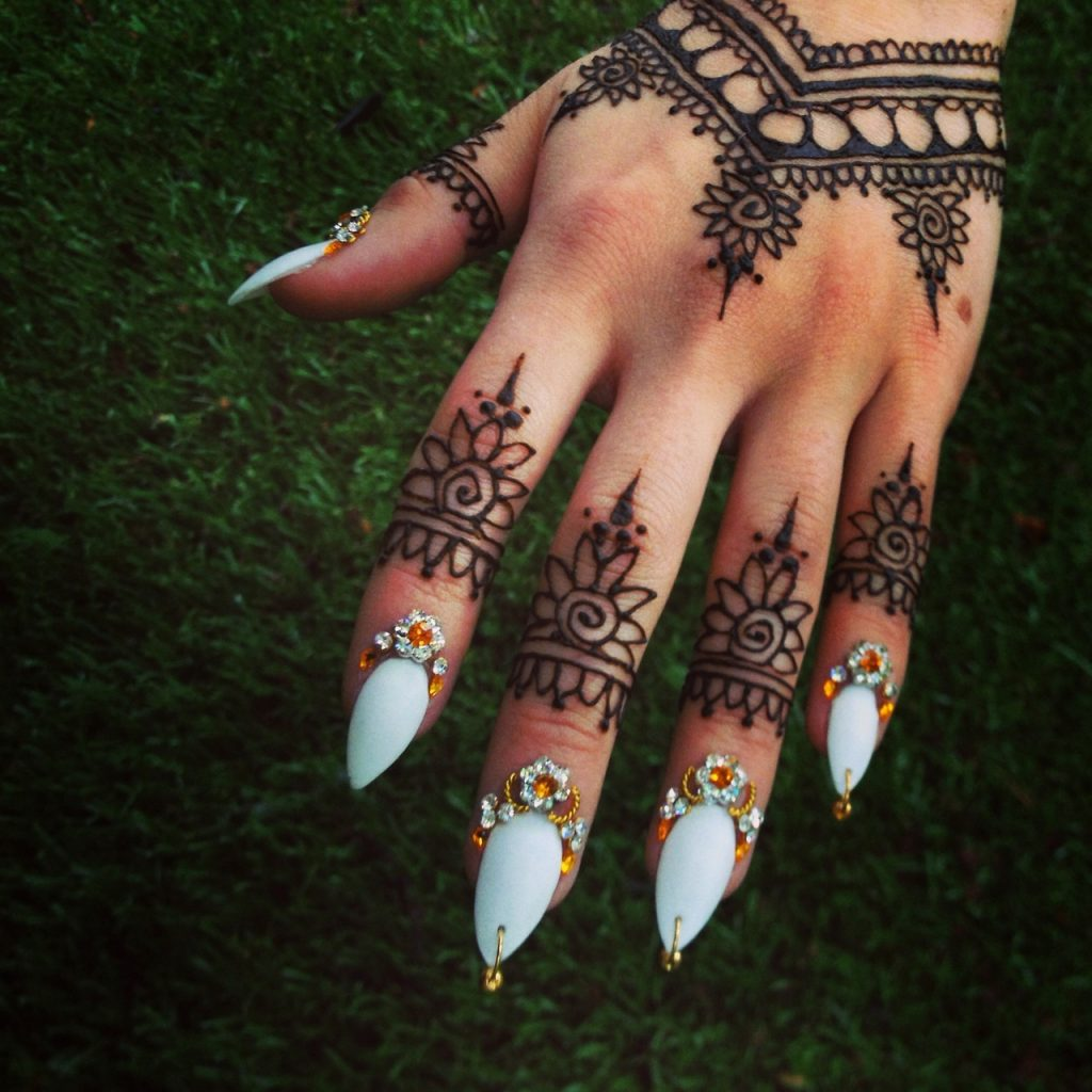 اظافر-للعروس