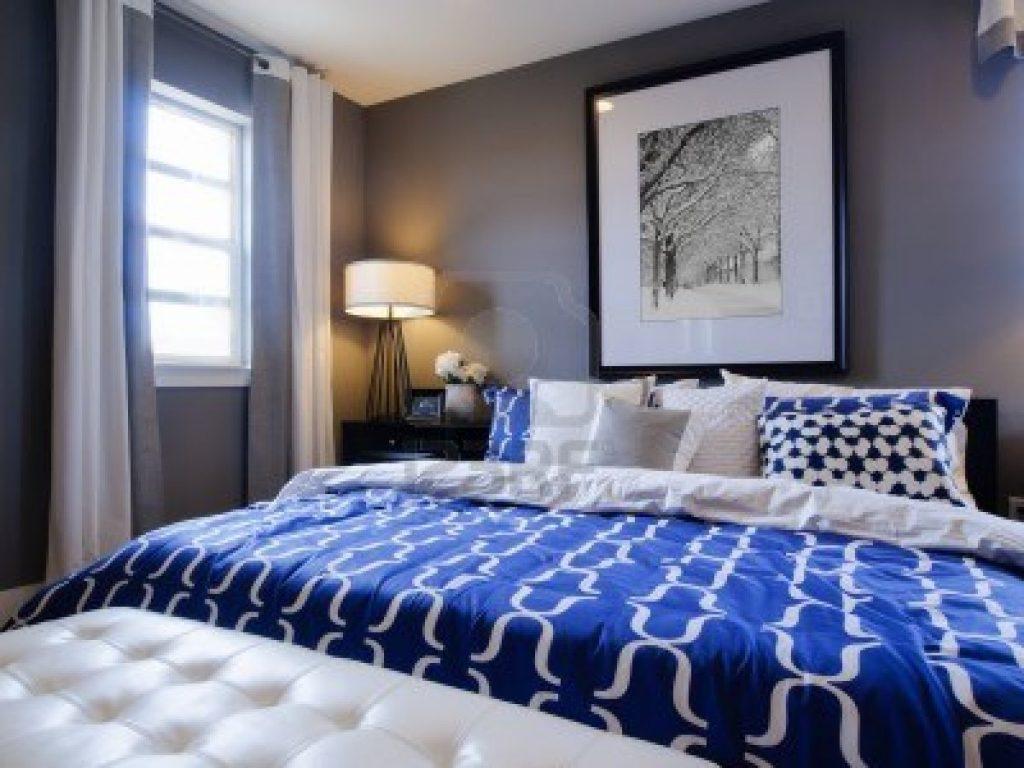 افكار-تصاميم-غرف-نوم-شباب-باللون-الازرق-والرمادي- (11)